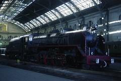 N 9 - 12A 81 (chausson bs) Tags: barcelona trenes 1981 mikado catalunya bahn railways trens ferrocarriles renfe cheminsdefer ferrocarrils estacidefrana barcelonatrmino locomotoresdevapor