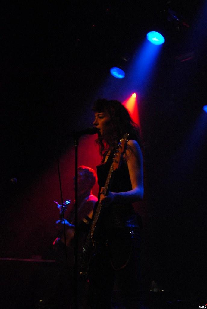 Melissa auf der Maur Melkweg Amsterdam Copyright Minja Sarovic voor Mixed Grill