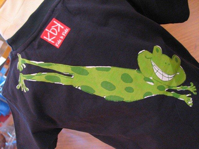 frog tee1
