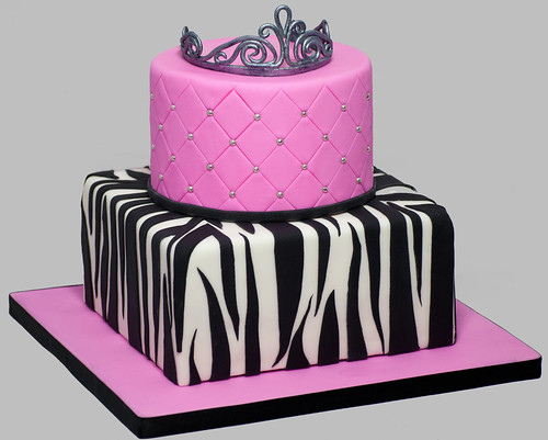 Jennifer's Sweet 16 Cake