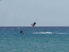 IMG_2774 (miss_verstaendnis) Tags: ocean sea sun kite beach water strand meer wasser sommer fuerteventura kitesurfing atlantic canaries sonne atlanticocean canaryisland fuerte kitesurfen sotavento wassersport sotaventobeach