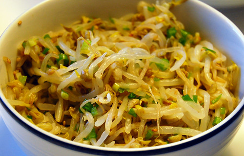 Seasoned Mung Bean Sprouts