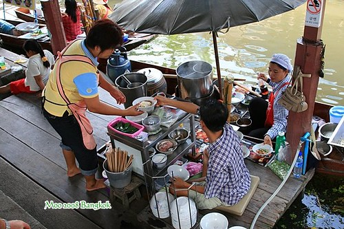 Dammnoen Saduak Floating Market-5