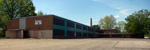 Louis Pasteur Elementary School
