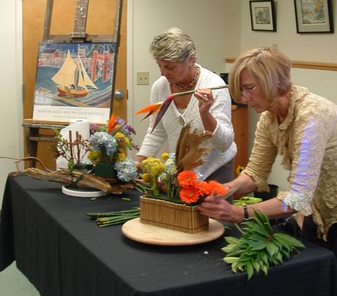 """Art in Bloom"" Program on May 5th"