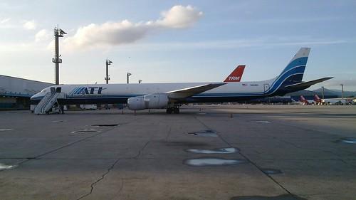 DC-8 Cargueiro que trouxe os equipamentos para o show do Aerosmith