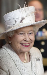 The Queen at Armory House (royalist_today) Tags: elizabeth unitedkingdom royal queen monarch regina reine royalty elizabethii 2010 queenelizabeth sovereign knigin koningin drottning australianqueen queenofaustralia queenofcanada