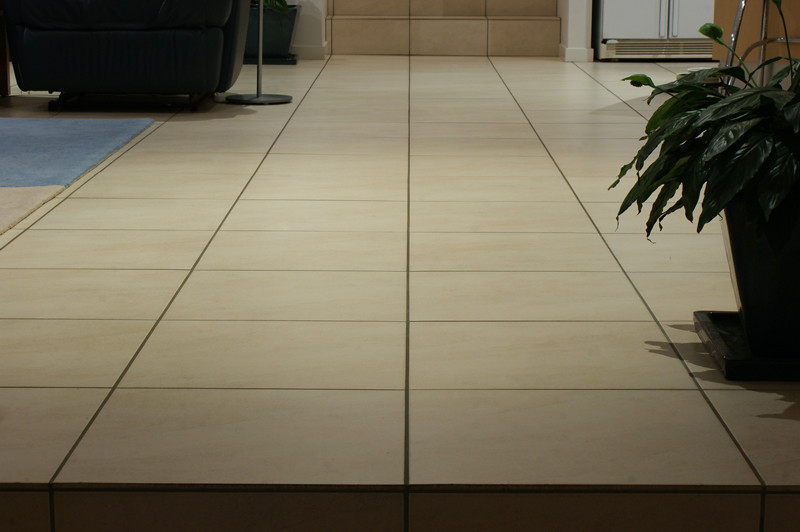 Straight floor tiles