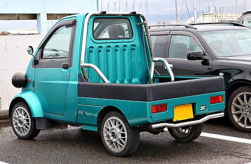 800px-Daihatsu_Midget_II_002