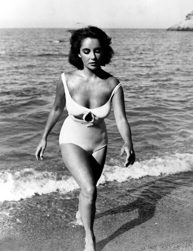 Striking Elizabeth Taylor