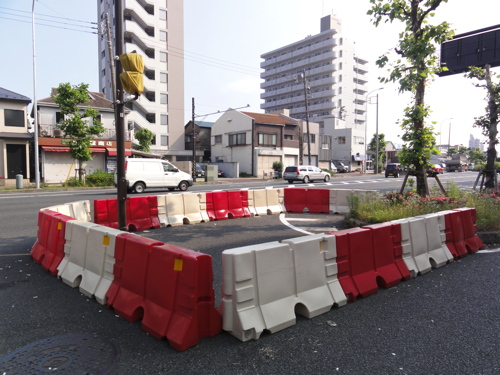 京急子安・浜通りを歩く