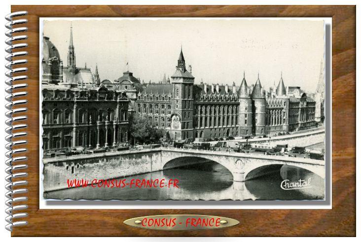 PARIS 22. Conciergerie et la Seine