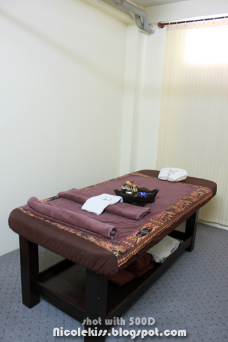 private massage bed