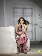 Kareena Kapoor (Priya Sathya) Tags: pictures photos wallpapers stills trailers reviews moviepreview kareenakapoor photogalleries telugumovie malayalammovie findnearyou englishmovie latesttamilmovie kareenakapoorwallpaper newmoviestills kareenakapoorpictures kareenakapoorstill