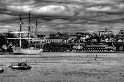 Estocolmo. Barco y Södermalm.