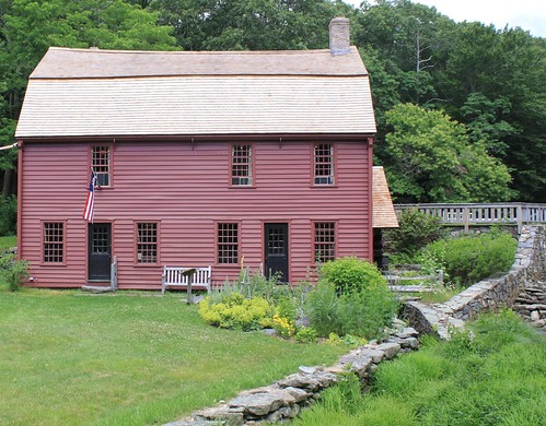 Gilbert Stuart birthplace and museum