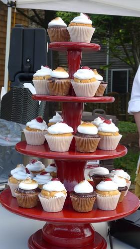 tower o' cupcakes