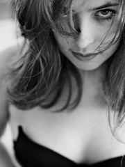 Alejandra (matteoprez) Tags: portrait blancoynegro iso100 blackwhite colombia retrato bogotá naturallight f2 dslr ritratto biancoenero alejandra evolt blancetnoir esystem 160th olympuse3 matteoprezioso lucíarojas zuikoed50mm12