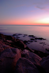 L.E. 06 (Riccardo Scarpa) Tags: longexposure beach water nikon long exposure tramonto mare filter nd kit oyster 1855 spiaggia onde sabbia lunga esposizione conchiglie scogli filtro cokin schiuma cavallino d40 treporti cavallinotreporti cavio jdvv cikoinp