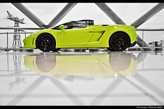 Lamborghini LP560-4 Spyder *explored* (ThomvdN) Tags: netherlands photoshop utrecht italia limegreen nederland automotive bull spyder showroom thom bella lamborghini lightroom carphotography cs3 hessing lp5604 thomvdn