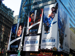Valerian and the City of a Thousand Planets Billboard Poster 8178 (Brechtbug) Tags: valerian city thousand planets billboard poster times square nyc 2017 french science fiction comics series from 1967 valérian laureline written by pierre christin illustrated jeanclaude mézières film movie directed luc besson new york 07012017