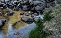 De piedra.( explore) 6/7/17 (M.L.C.*) Tags: piedras rios agua regatos aire campo hierba naturaleza water stones nature