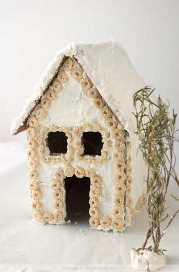 gingerbread house front