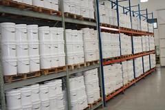 Estoque - Tplice Cor (Trplice Cor) Tags: fbrica estoque baldes galpo gales trplice pigmentos corantes fabricantes corantesepigmentos
