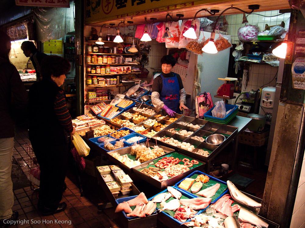 Tofu Seller @ Market Near LongShan Temple, Taipei, Taiwan