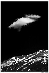Segni (altri) (Francesco.Lorusso) Tags: bw canon landscape eos 350d campo abruzzo laquila imperatore anawesomeshot 24105is