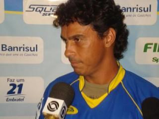 Alex Dias pode estrear contra o Ypiranga. Crédito: Gabriel Ribeiro