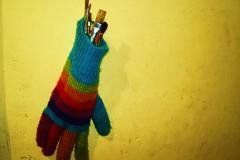 guante y pinceles ([ Anais Ferrer ]) Tags: anais ferrer anaisferrer