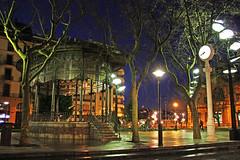 Donostia, nire herria - by Arrano