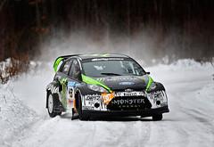 [フリー画像] [自動車] [ラリーカー] [フォード/Ford] [フォード フィエスタ] [Ford Fiesta] [WRC/世界ラリー選手権] [ケン・ブロック/Ken Block] [ドリフト] [アメ車]  [フリー素材]