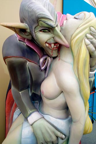 naked-vampiro-ninot