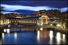Btiment des Forces Motrices - Geneva (Alejandro Prez) Tags: longexposure blue plant water night switzerland geneva rhne hour genve btiment auditorium forces hydroelectric motrices canoneos5dmarkii canon1740f4lusmgroup paramangroup theodoreturrettini