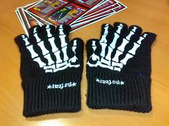 No Fear Skeleton Gloves