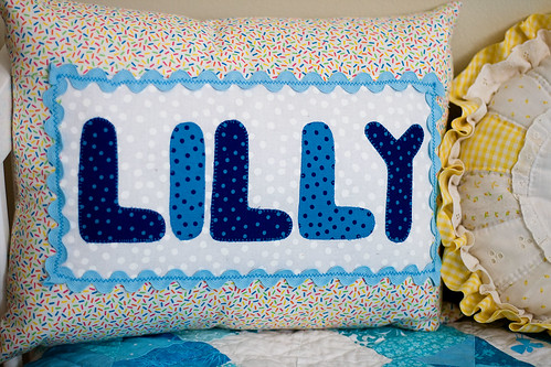 Lilly loves blue quilt