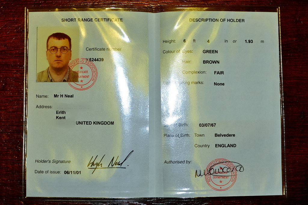 Ship VHF licence   964