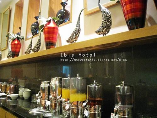 Dubai Ibis Hotel 8
