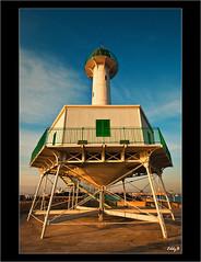 Far de la Banya (EddyB) Tags: sunset españa lighthouse faro puerto atardecer spain nikon europa europe harbour catalonia catalunya construcción cataluña tarragona eddyb sigmaaf1020mmf456exdchsm fardelabanya sortidazz d300s sortidazztarragona2010 construcciónmetálica