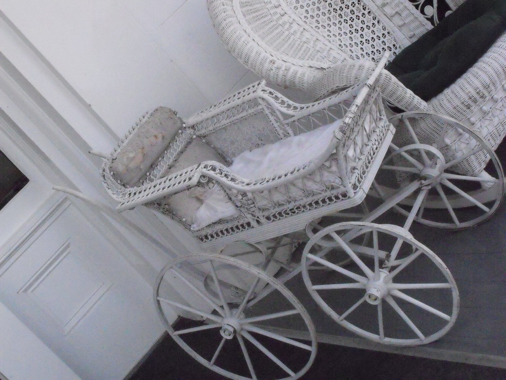 Baby Carriage, Dunleith House