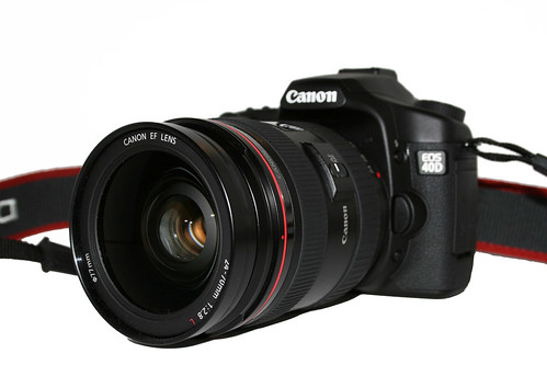 Canon 40D with 24-70mm