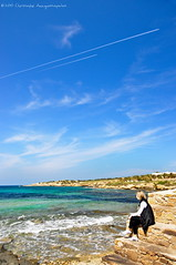.. (Christophe_A) Tags: blue sea sky beach airplane nikon colorful horizon sunny greece shore chase christophe polarizer antiparos d90 sifneikos   christopheanagnostopoulos