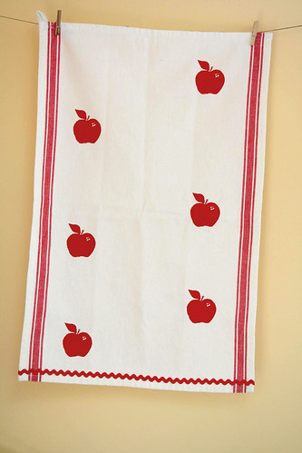 Apples. A vintage striped cotton tea towel.