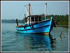 Fishing boat Chapora, Goa. (konstantynowicz) Tags: india colour boat asia goa chapora artofimages bestcapturesaoi mygearandme mygearandmepremium mygearandmebronze mygearandmesilver tplringexcellence