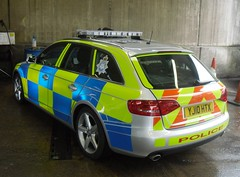 North Yorkshire Police - Brand new Audi Traffic car (Police_Mad_Liam) Tags: blue cars station lights traffic respect yorkshire north police led emergency services 999 tadcaster lightbar
