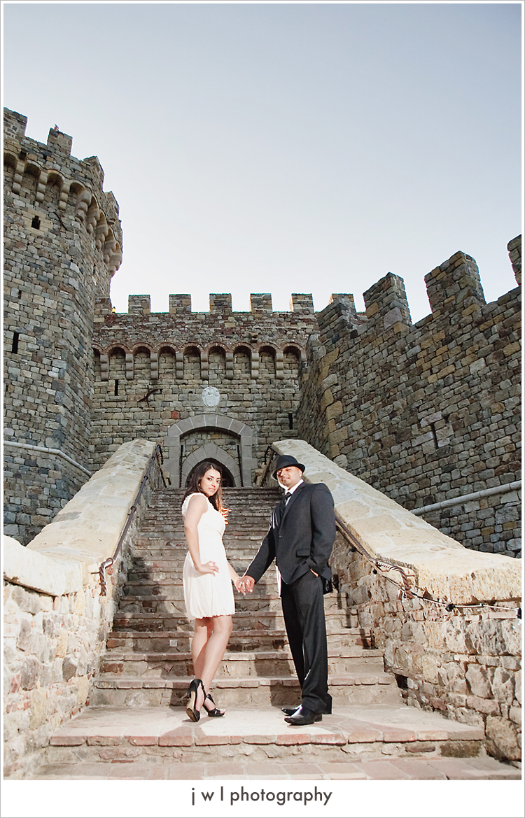 castello di amorosa, engagement session, j w l photography, deepa + roneel_12