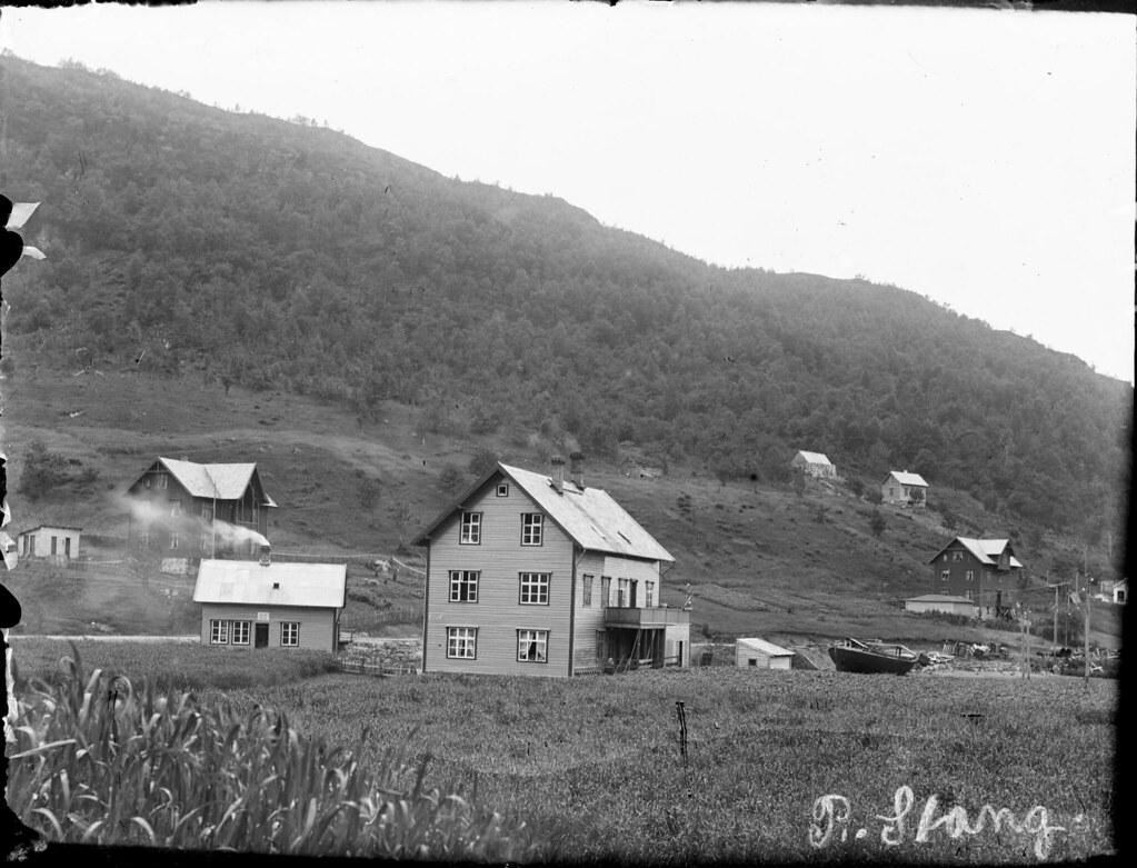 Bjørnestad house and bakery ca 1910-1919.