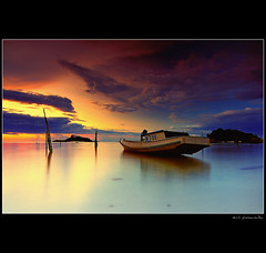 ... In Silence ... (amlbuton) Tags: world sunset sky water clouds indonesia landscape photography boat nikon live we tokina passion the exceptional belitung my specialtouch goldcollection tanjungkelayang d300s fotopiece yourwonderland photographsgroup